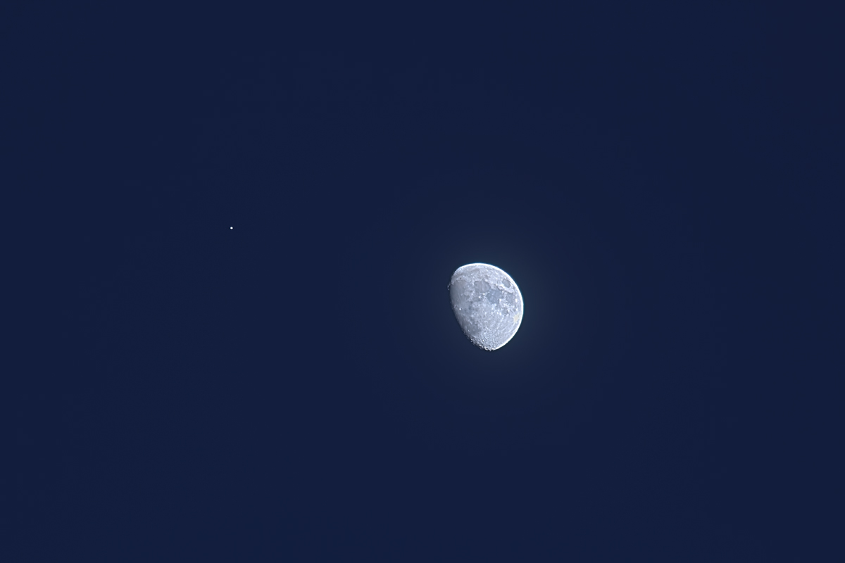 Moon & Jupiter (Jan 21, 2013) HDR with 320mm