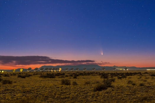 Comet PANSTARRS over the VLA (March 17, 2013)