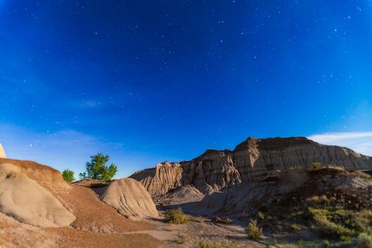 Dinosaur Park Nightscape (May 26, 2013) (16mm 5DII)