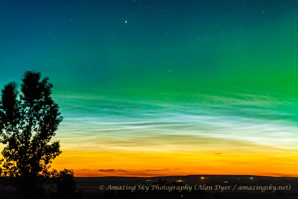 Northern Lights and Noctilucent Clouds (135mm #1) (June 9, 2013)