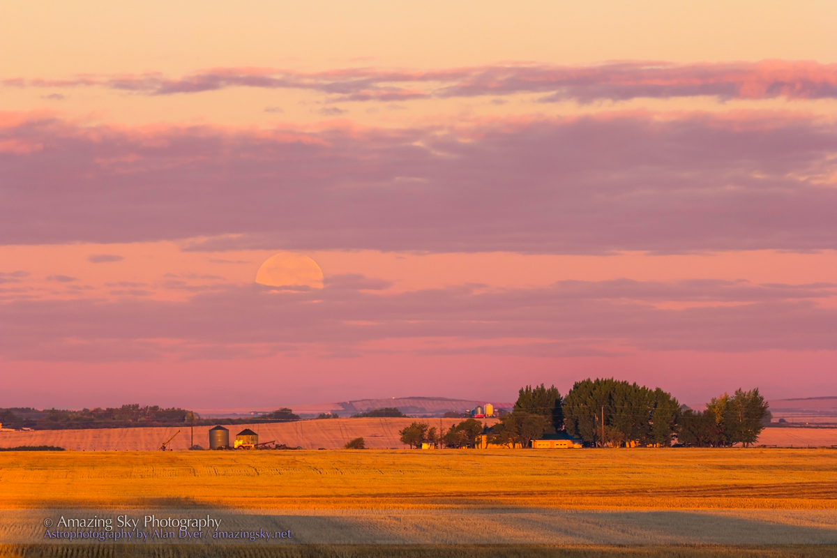 Harvest Moonset at Dawn (Sept 19, 2013)