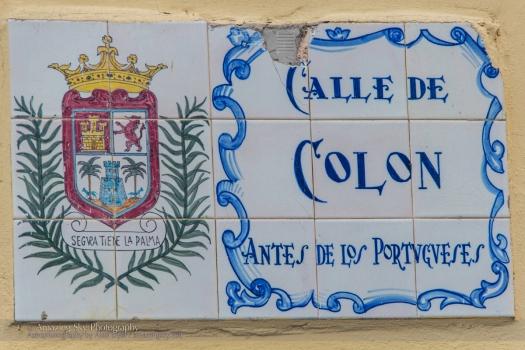 Columbus Street Sign