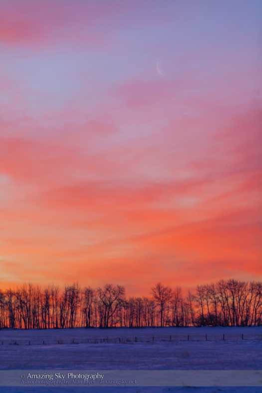 Waning Moon at Sunrise (Feb 27, 2014)