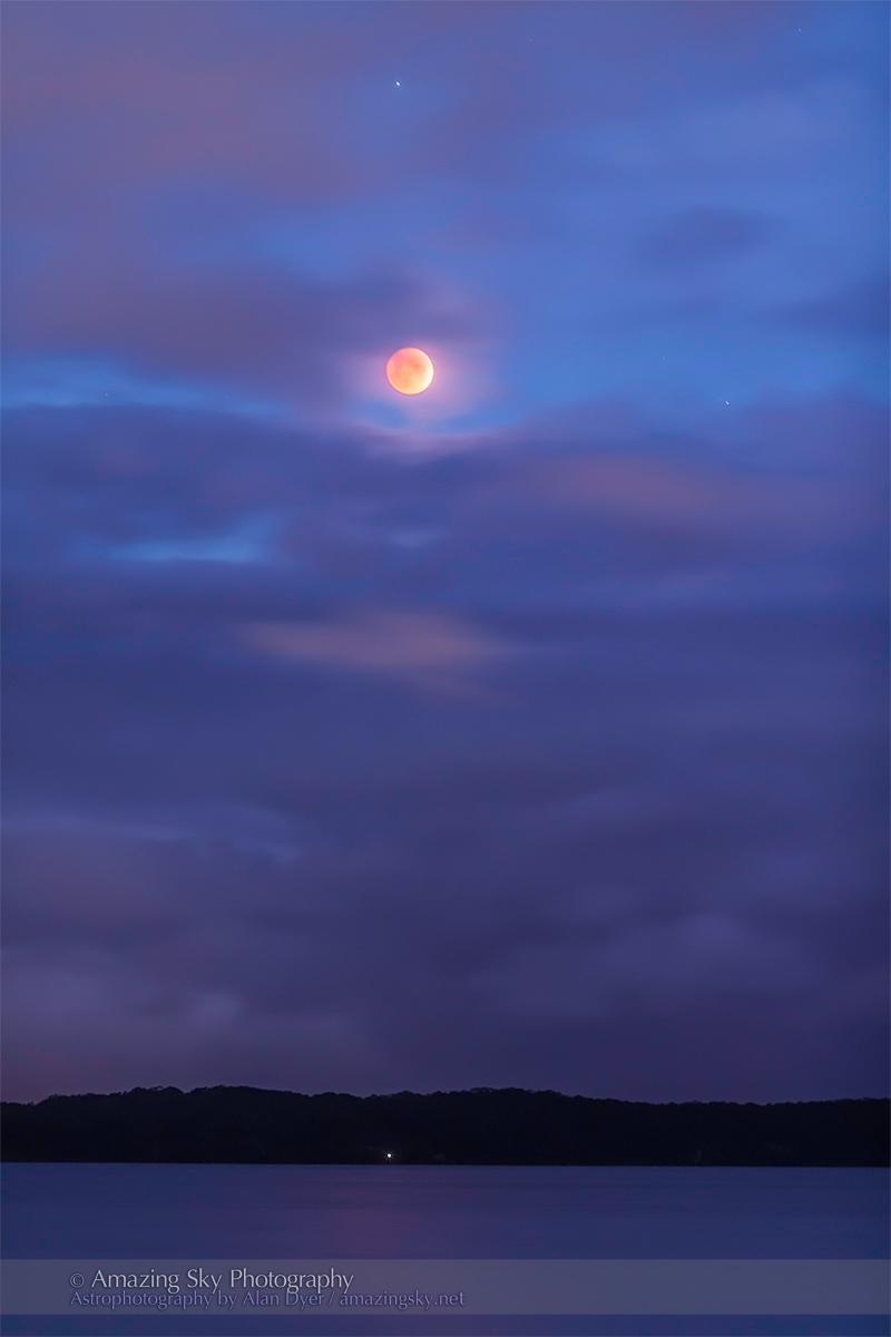 Total Lunar Eclipse (April 15, 2014) #1
