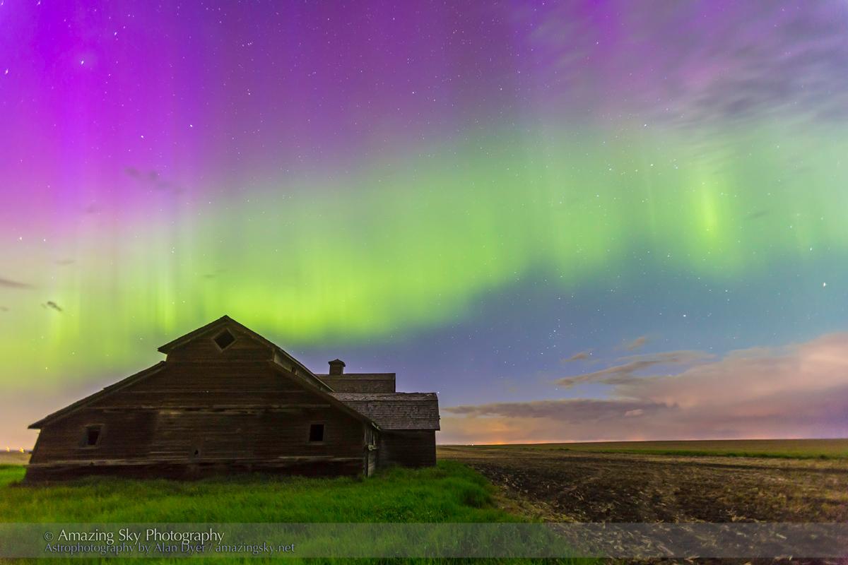 Purple Aurora over Old Barn #6 (June 7-8, 2014)