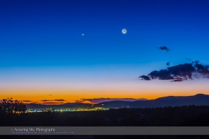 Moon, Mercury & Venus Conjunction (Jan 21, 2015)
