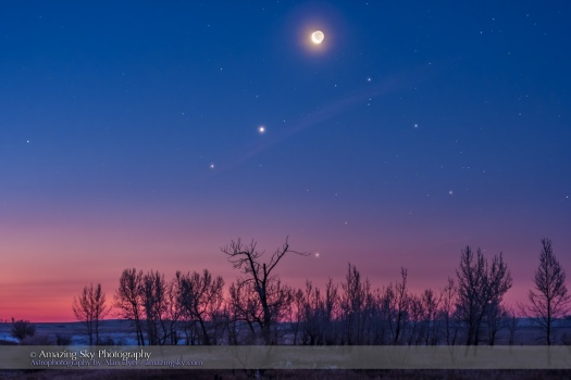 Waning Moon with Venus & Saturn in Twilight (Jan 6, 2016)
