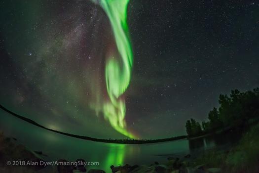 Auroral Arc over Tibbitt Lake