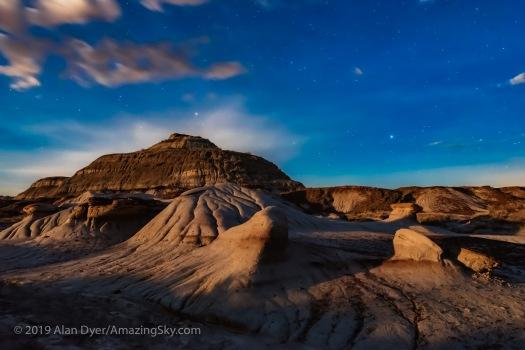 Moonrise Light at Dinosaur Park - West