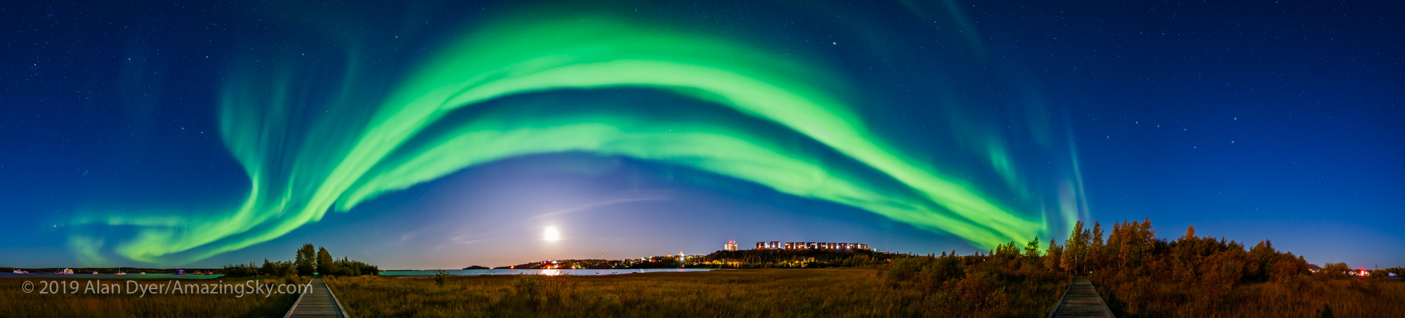 Aurora Panorama from Rotary Park, Yellowknife