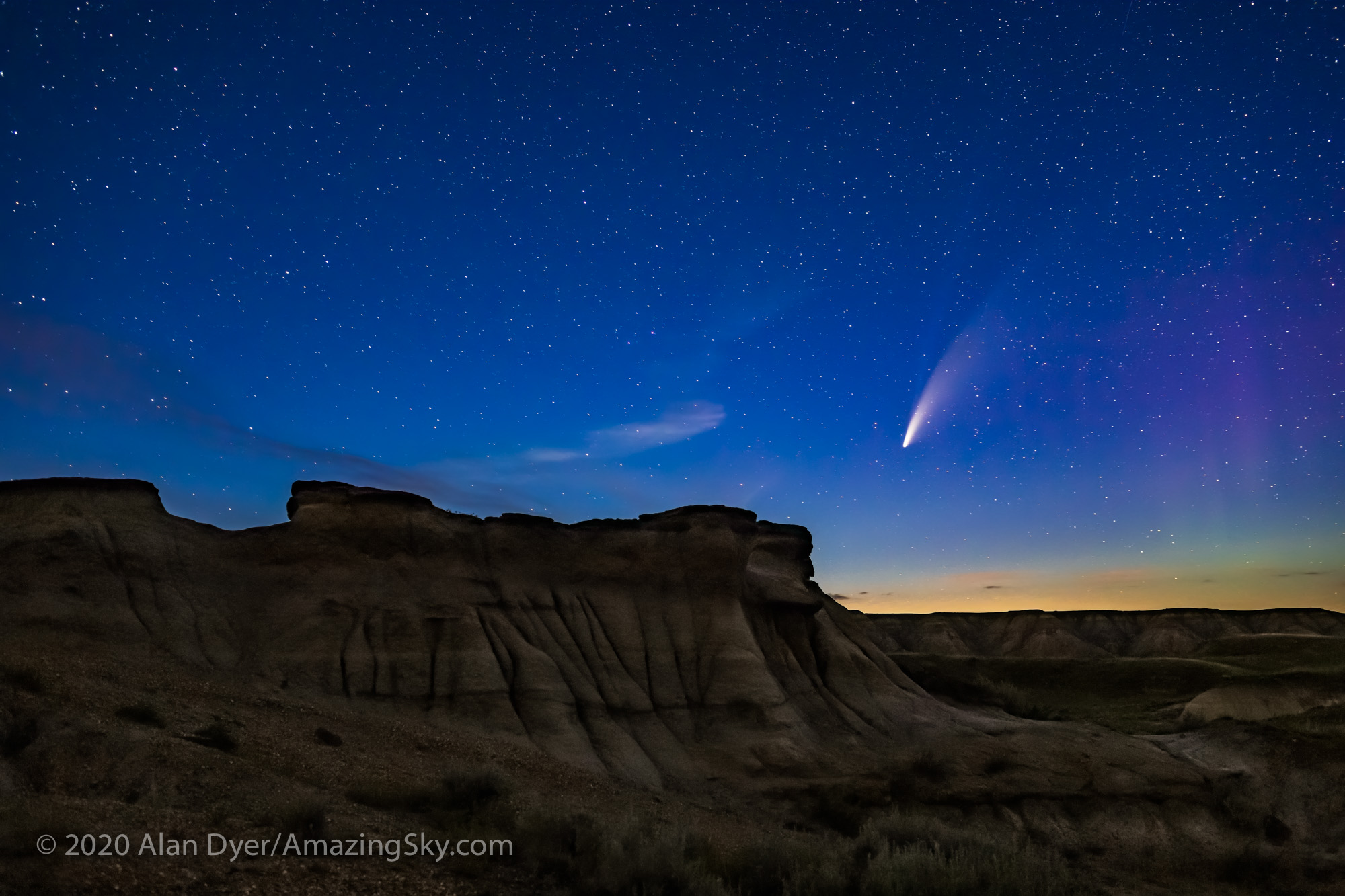 Comet over Hoodoos at Dinosaur Park (July 14, 2020)